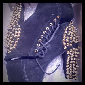 Jeffrey Campbell Suede and gold spikes